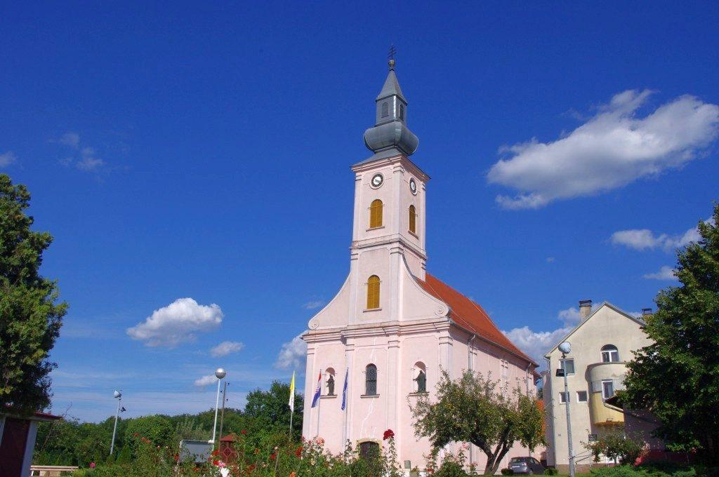 Crkva sv. Martina biskupa Beli Manastir