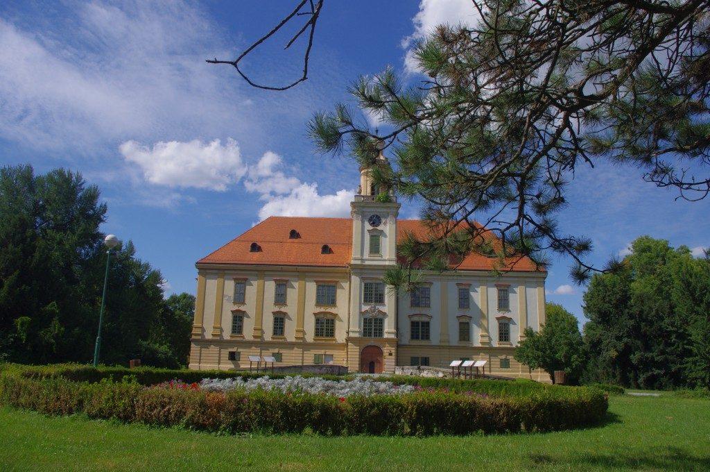 Dvorac Prandau-Normann Valpovo