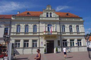 Gradska vijećnica Đakovo