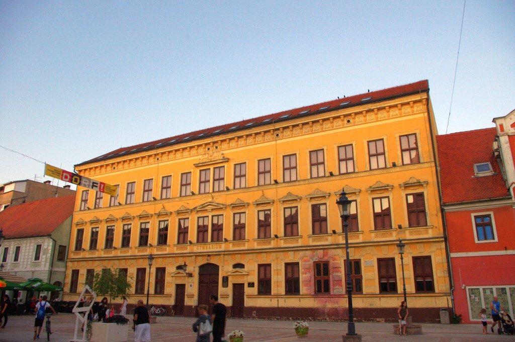 Nova gimnazija Vinkovci