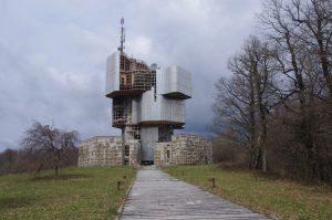 Petrova gora - spomenik Vojina Bakića